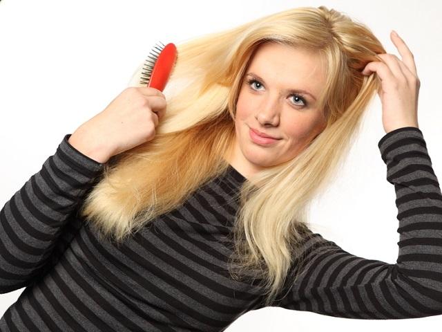 髪のパサつきモテ髪へ